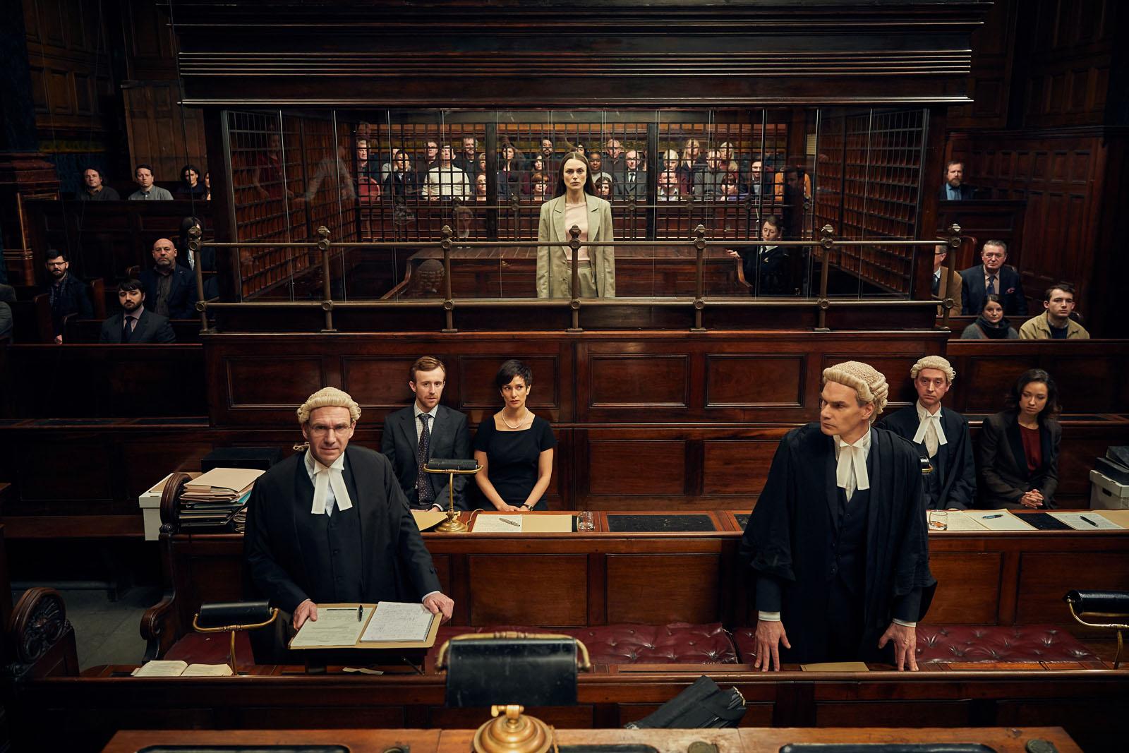 """""""Official Secrets"""" : Critique du film de Gavin Hood avec Keira Knightley, Matt Smith et Ralph Fiennes."""