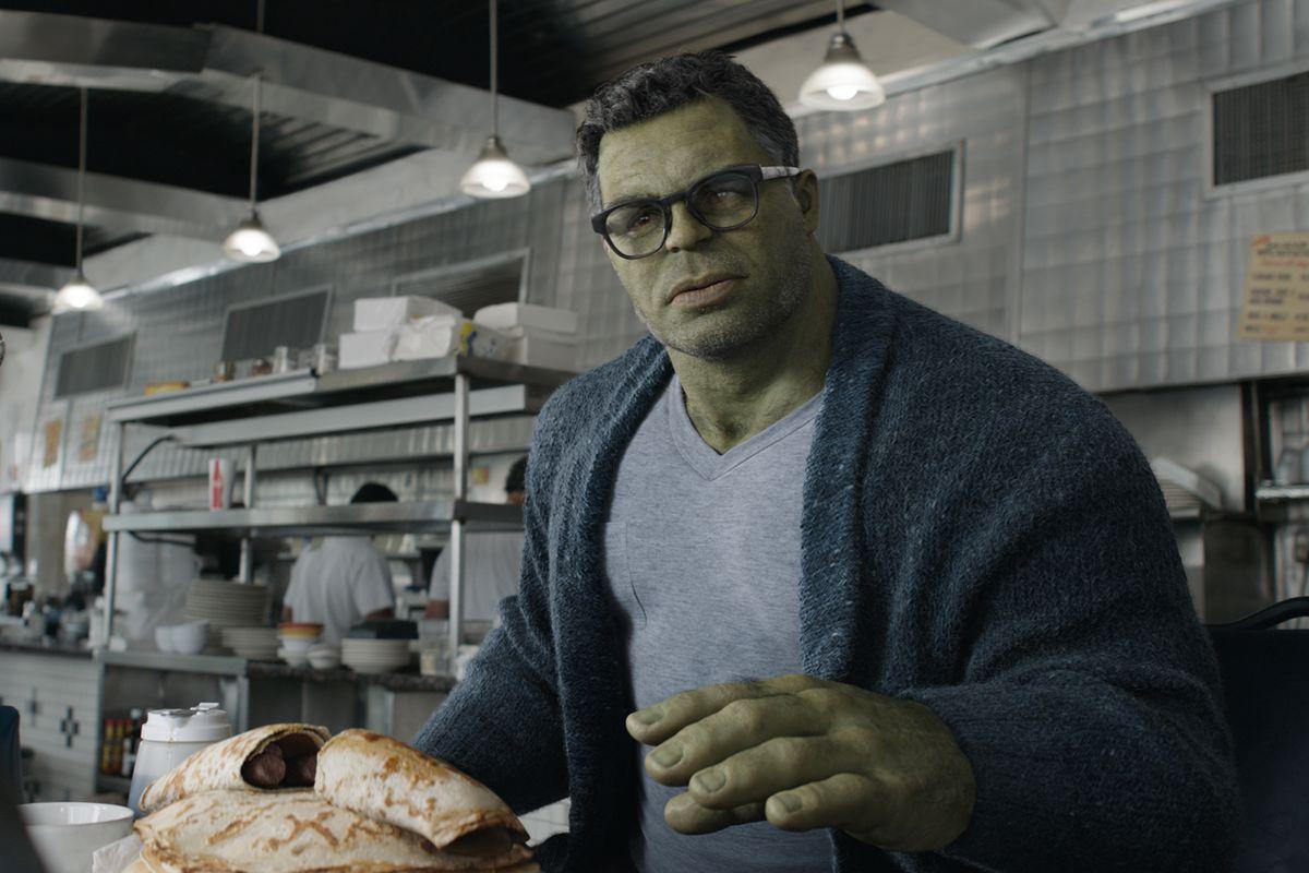 Avengers Infinity War : les scénaristes voulaient une scène où Bruce Banner affronte Hulk
