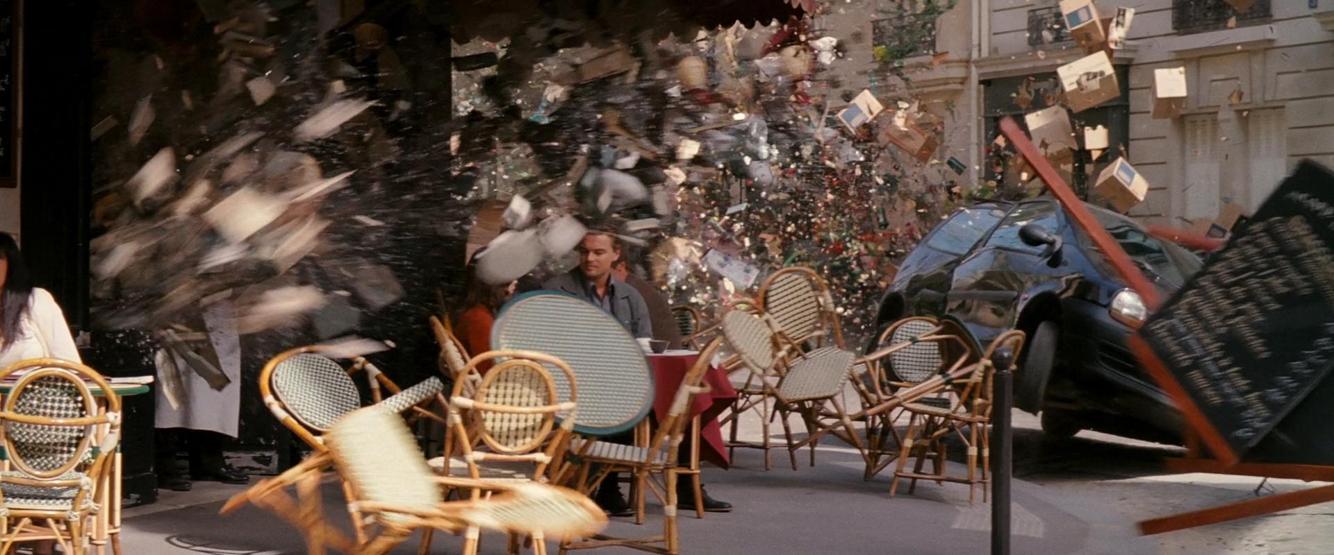 Inception : Comment Christopher Nolan et ses équipes ont-ils réalisé la scène d'explosion à Paris ?