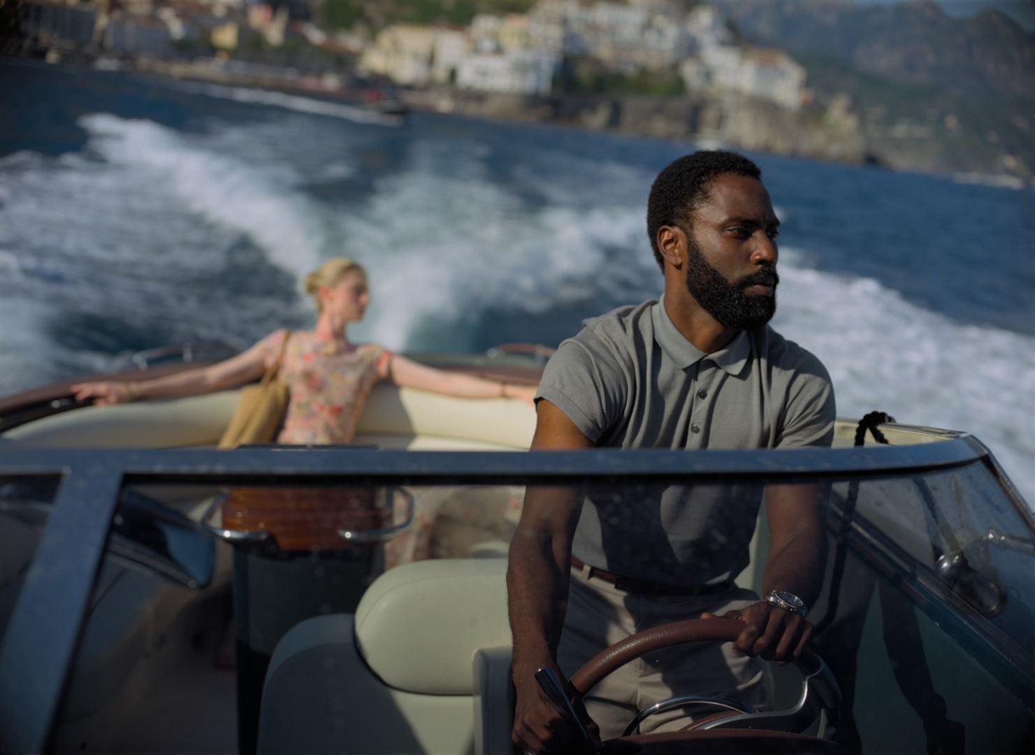 Critique / avis film Tenet : Christopher Nolan renversant