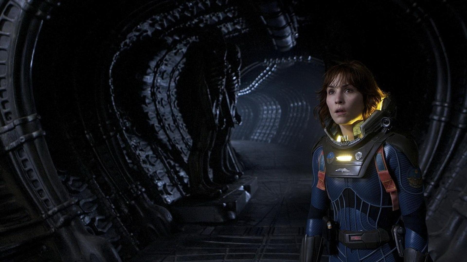 Prometheus dimanche 20 septembre sur W9 : comment le film se connecte-t-il à la saga Alien ?