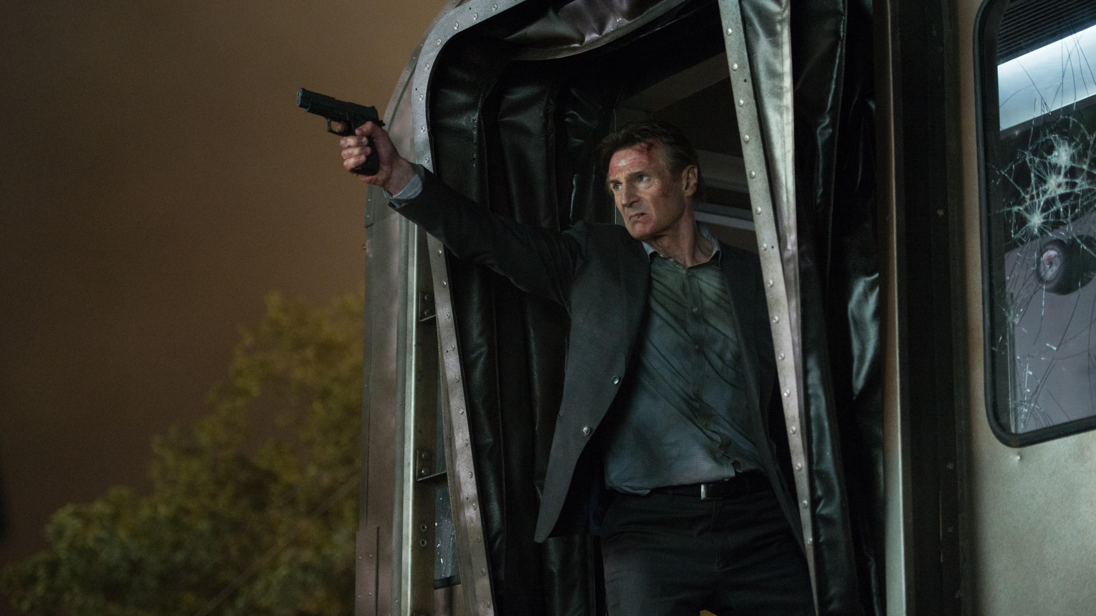 """The Passenger : Le film marque les retrouvailles entre le cinéma d'action et Liam Neeson, qui """"sort de sa retraite""""."""