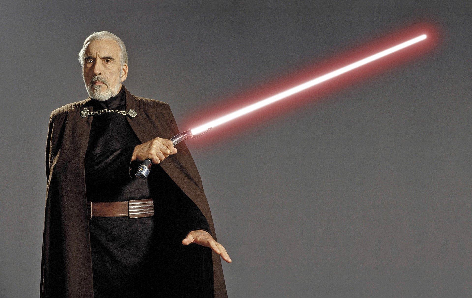 """Star Wars : pourquoi Dooku est un """"Comte"""" et non pas un """"Dark"""" comme les autres Sith ?"""