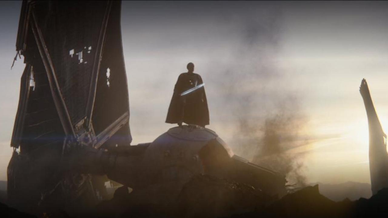 The Mandalorian : pourquoi le sabre laser de Moff Gideon est-il noir ?