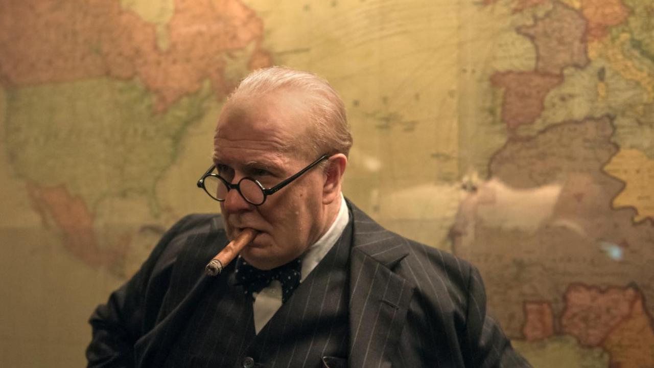 Winston Churchill (Gary Oldman) - Les Heures Sombres