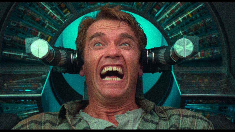 Doug Quaid (Arnold Schwarzenegger) - Total Recall