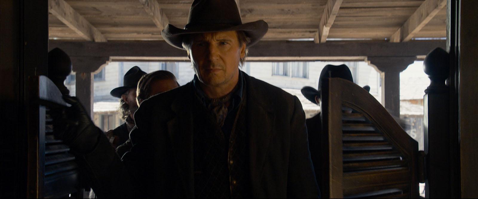 Clinch (Liam Neeson) - Albert à l'Ouest