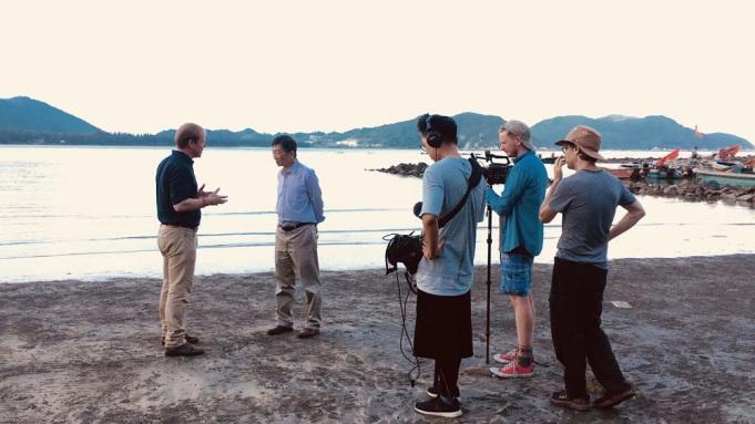 Sur le tournage de The Six