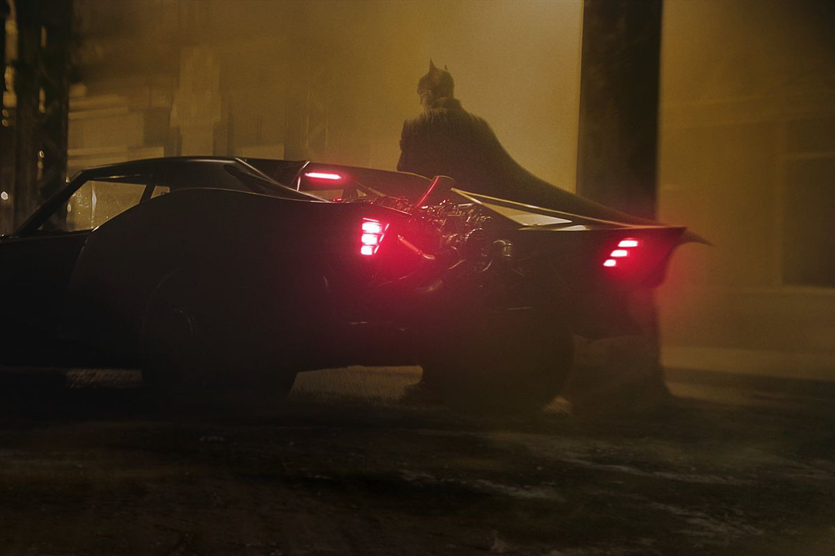Bruce Wayne (Robert Pattinson) - The Batman