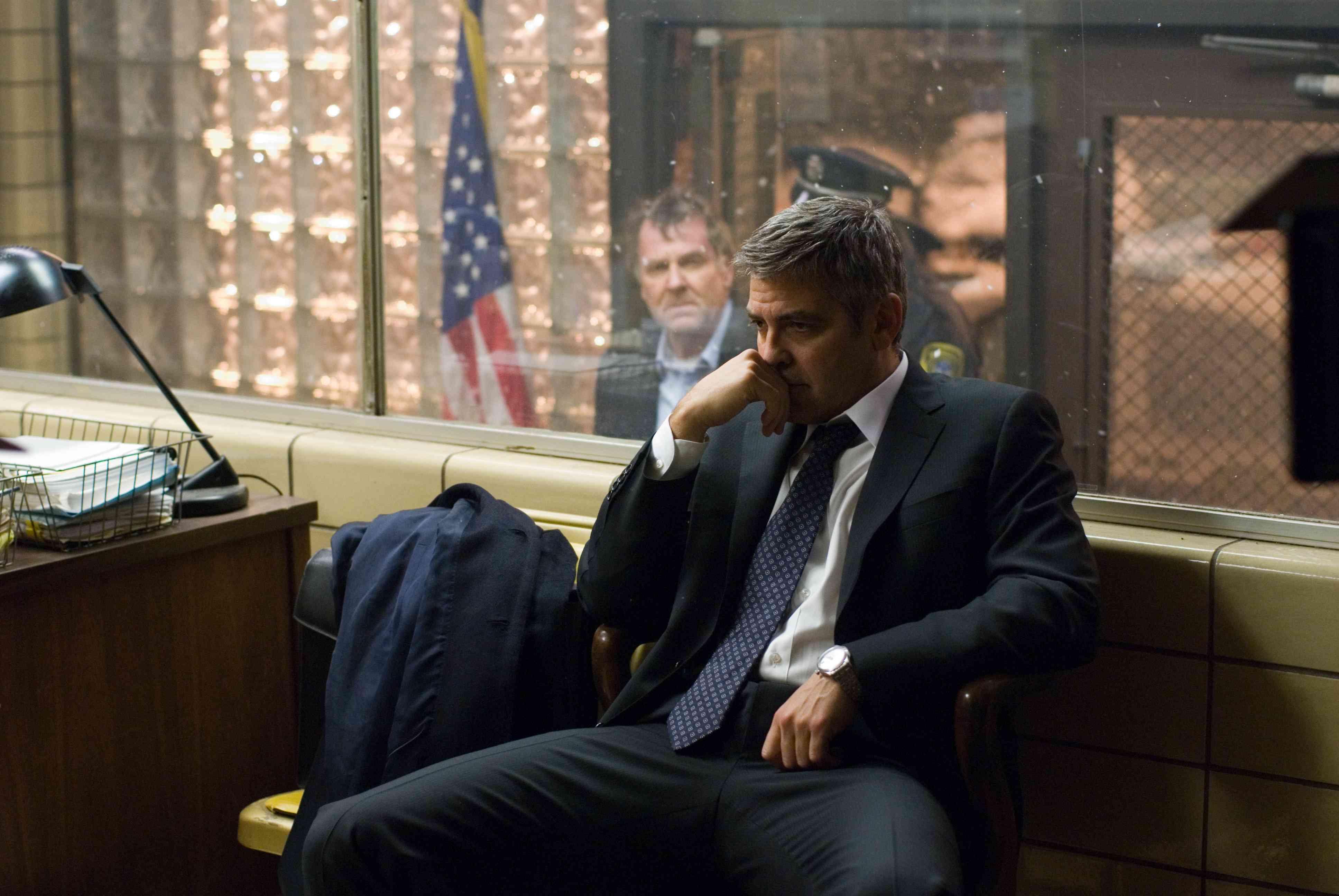 Michael Clayton (George Clooney) - Michael Clayton