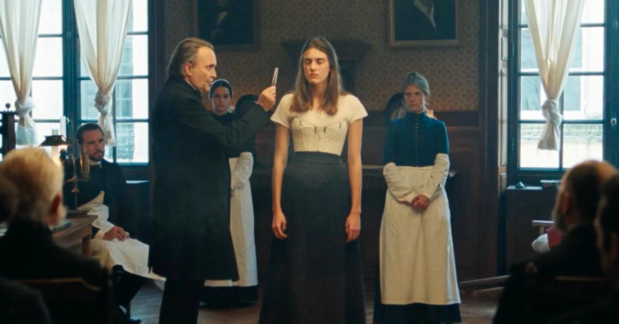 Le Bal des folles: a band-annonce tour for the new film by Mélanie Laurent - CinéSéries