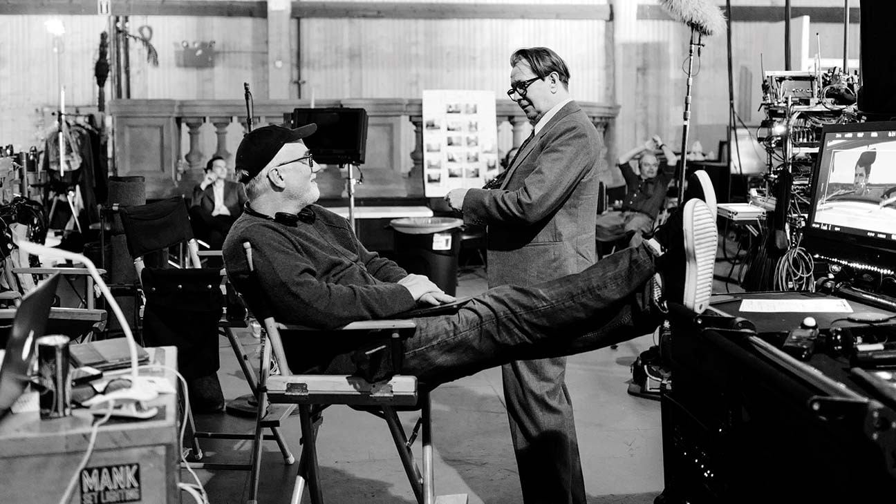 David Fincher et Gary Oldman sur le tournage de Mank