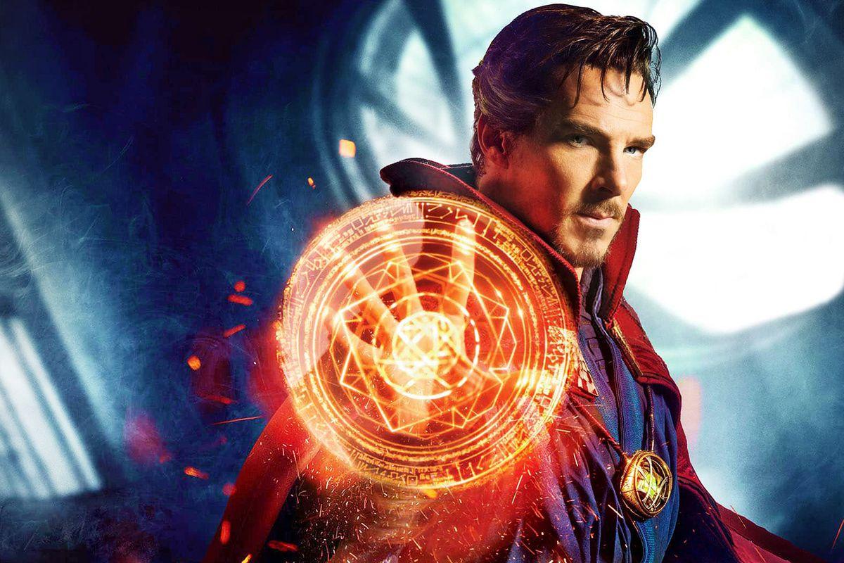 Stephen Strange (Benedict Cumberbatch) - Dr Strange
